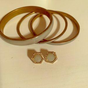 Lovely earrings and bangle set!